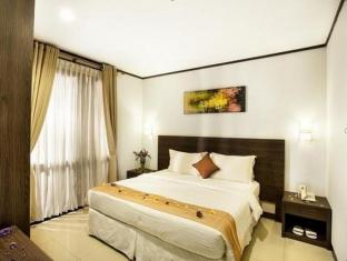 Summer Hill Private Villas & Family Hotel Bandung - Guest Room