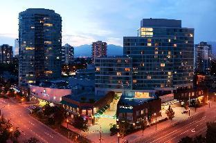 Hilton Vancouver Metrotown Hotel