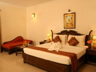 Nazri Resort North Goa - Guest Room