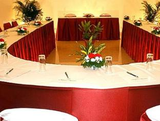 Nazri Resort North Goa - Meeting Room