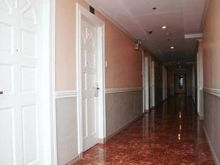 Metro Park Hotel Себу - Интериор на хотела