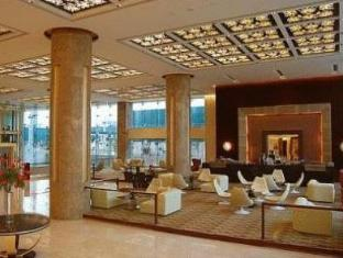 Country Inn & Suites By Carlson Sahibabad New Delhi and NCR - Café J