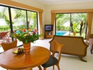 View Talay Pool Villas Pattaya - 2 Bedrooms Pool Villa <br> Living Area