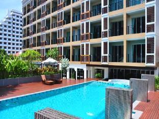 オーガスト スイート パタヤ August Suites Pattaya