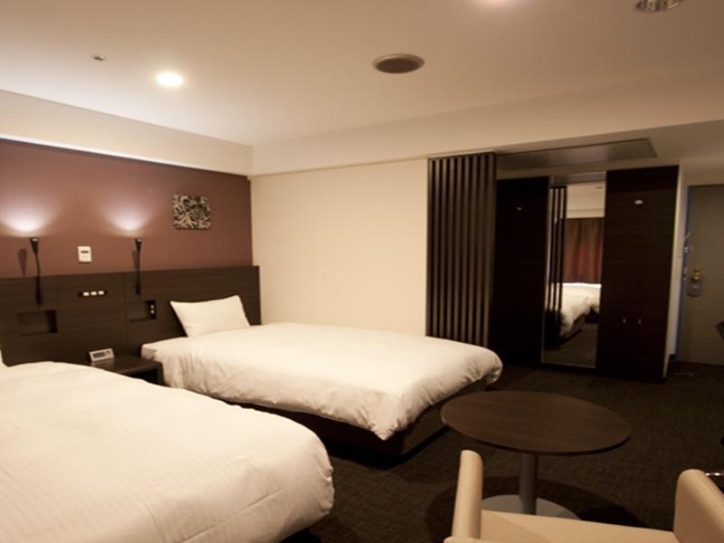 ホテルオークス京都四条 (Hotel Oaks Kyoto-Shijo)