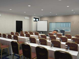 Country Heritage Resort Surabaya - Meeting Room