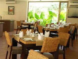 Sandalwood Hotel & Retreat North Goa - Upper Coast Cafe