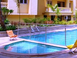 Sandalwood Hotel & Retreat Goa Nord - Piscina
