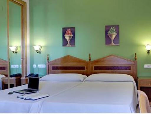 Hotel Tocina Business hotel accepts paypal in Albolote