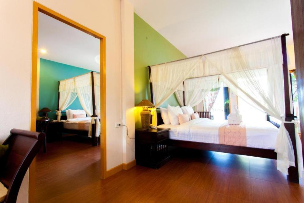 P.Paradise Hotel