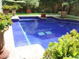 Palacio De Dona Leonor Hotel Antigua Guatemala - Swimming Pool