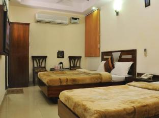 Hotel Today International New Delhi and NCR - Guest Room