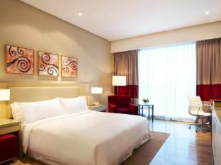 Four Points By Sheraton Kuching Hotel Kuching - Comfort Room
