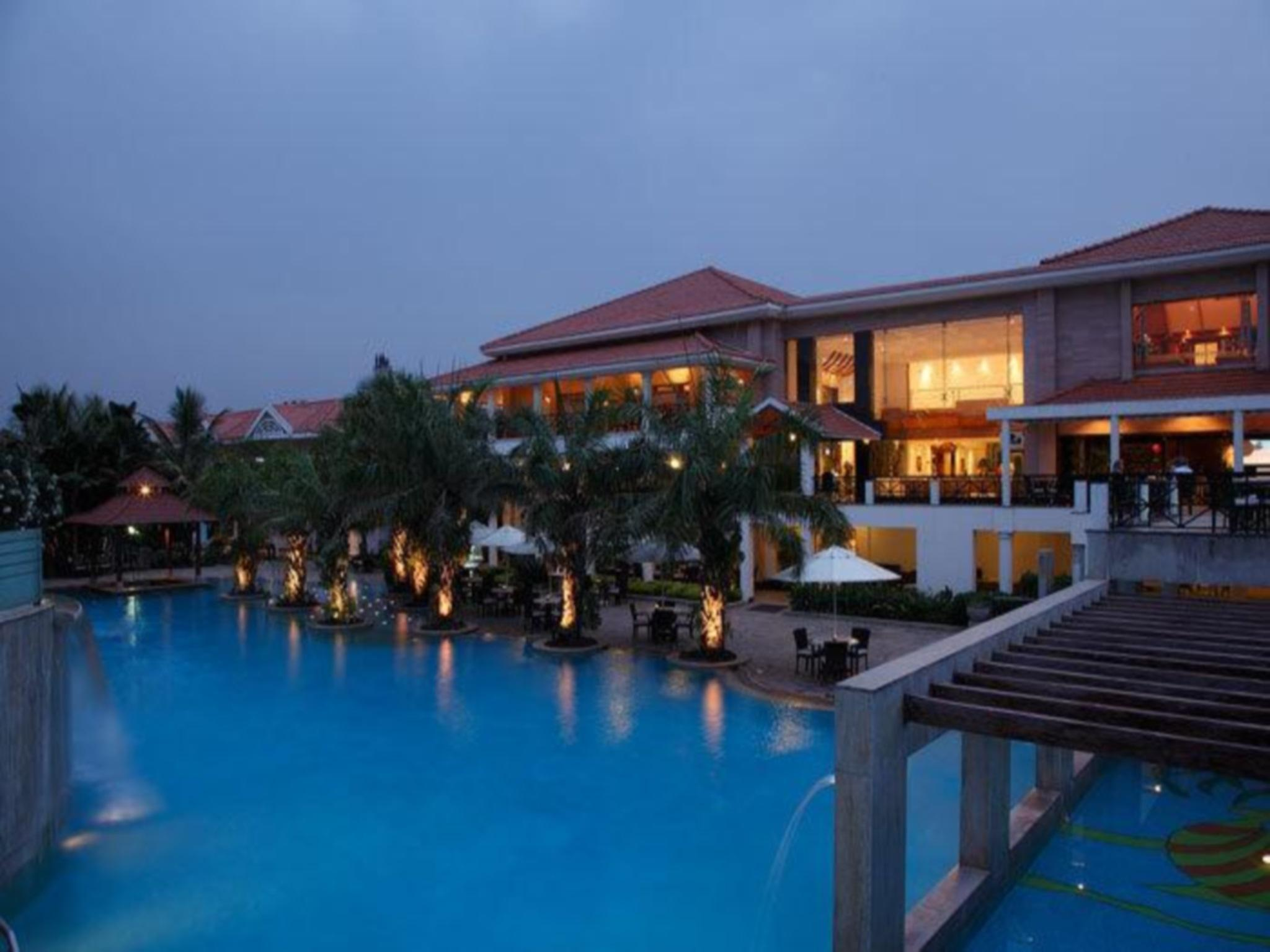 Palm Meadows Club Bangalore
