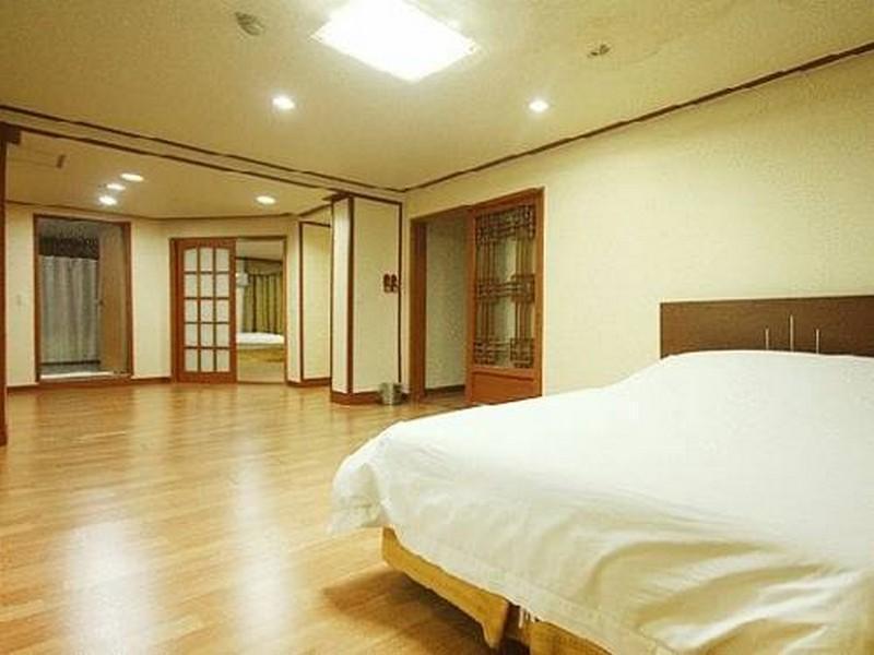 リージェンシー スウォン ホテル