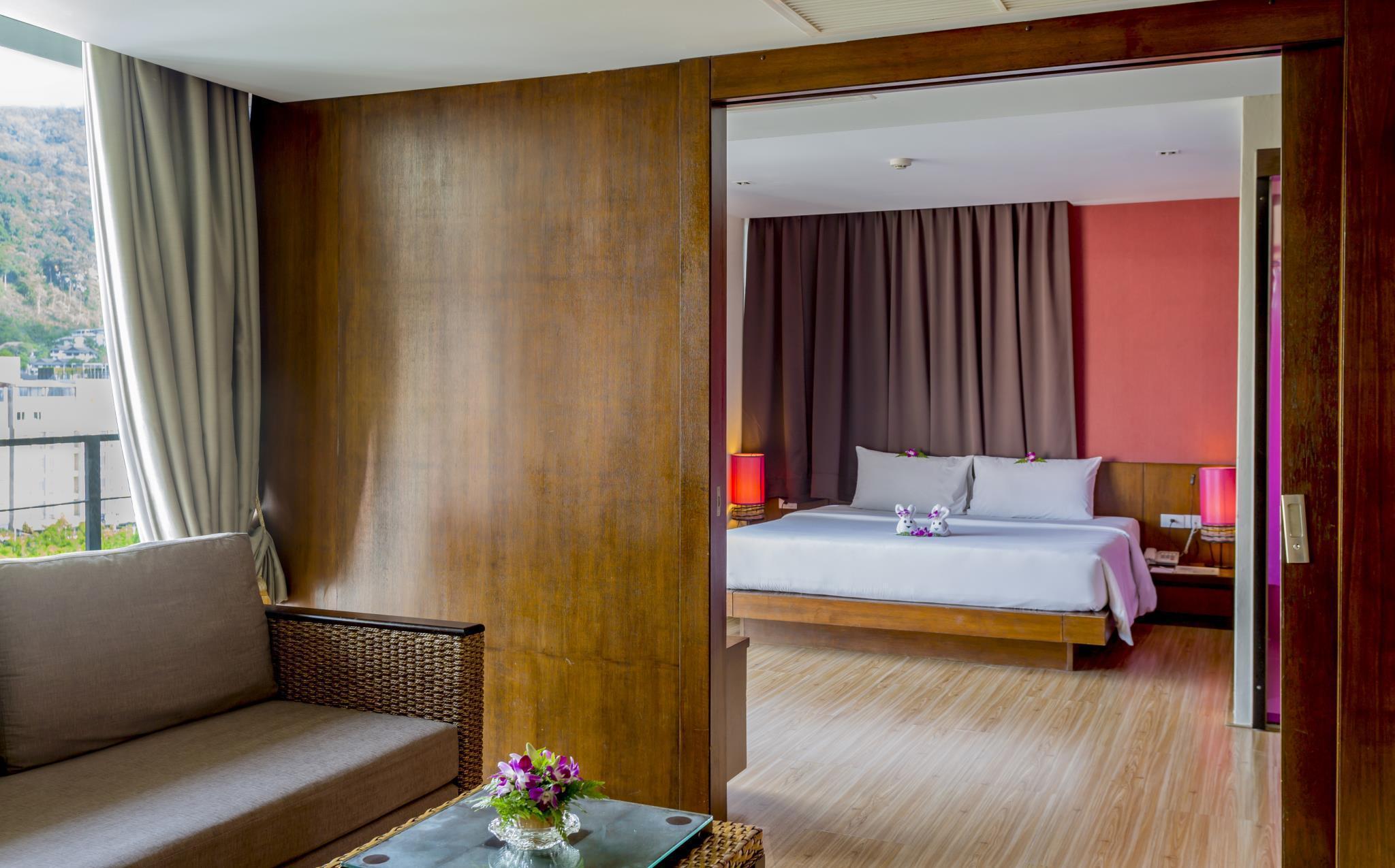 โรงแรมพีจีเอส ป่าตอง