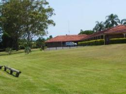 Lakeside Lodge Motel