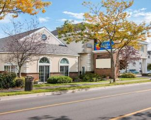 Get Coupons Comfort Inn Lakeside Mackinaw City