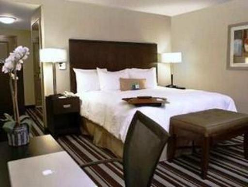 Hampton Inn And Suites San Diego Poway hotel accepts paypal in Poway (CA)