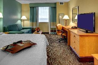 Hampton Inn and Suites Miami Airport South 2 star PayPal hotel in Miami (FL)