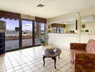 Howard Johnson Inn Newnan GA Newnan (GA) - Interior