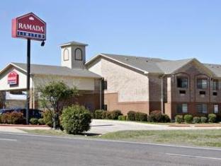 booking.com Ramada Limited  Cedar Hill Hotel