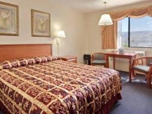 Super 8 Ashland Hotel Ashland (OR) - Guest Room