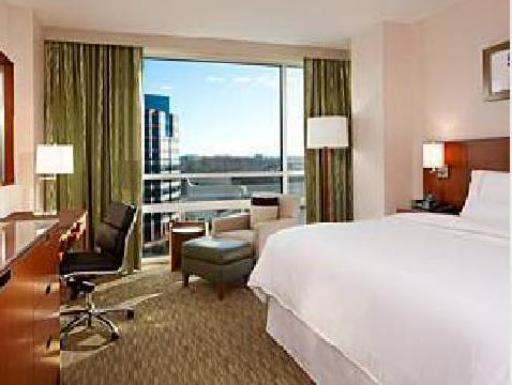 The Westin Washington Dulles Airport hotel accepts paypal in Herndon (VA)