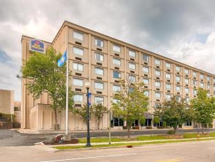Best Western International Hotel in ➦ Marinette (WI) ➦ accepts PayPal