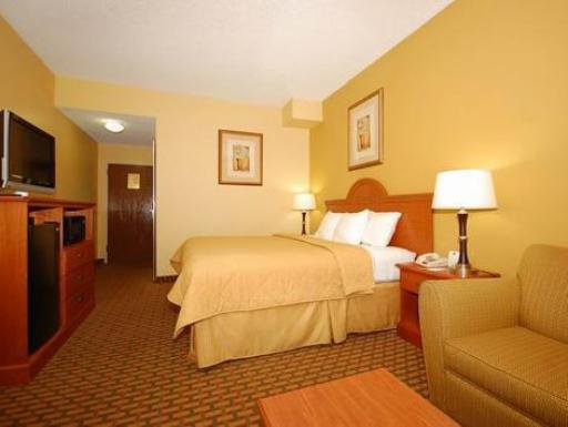 ➦  Choice Hotels    (Tennessee) customer rating