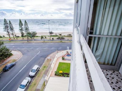 The Shore Beachfront Apartments hotel accepts paypal in Gold Coast