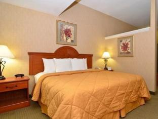 Best PayPal Hotel in ➦ Hogansburg (NY):