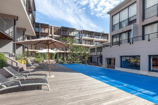 Adderley Terrace J10 by CTHA Cape Town
