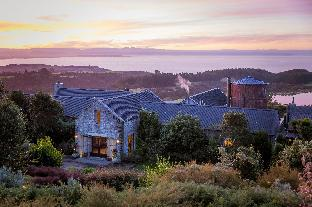 Booking Now ! The Farm at Cape Kidnappers Luxury Lodge