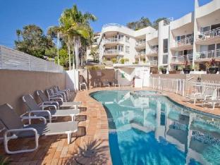 Review Kirra Palms Holiday Apartments Gold Coast AU