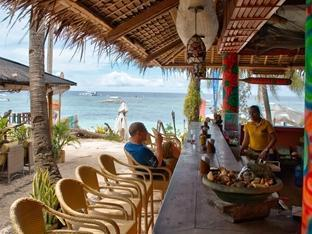 Oasis Beach & Dive Resort Bohol - Pub/lounge