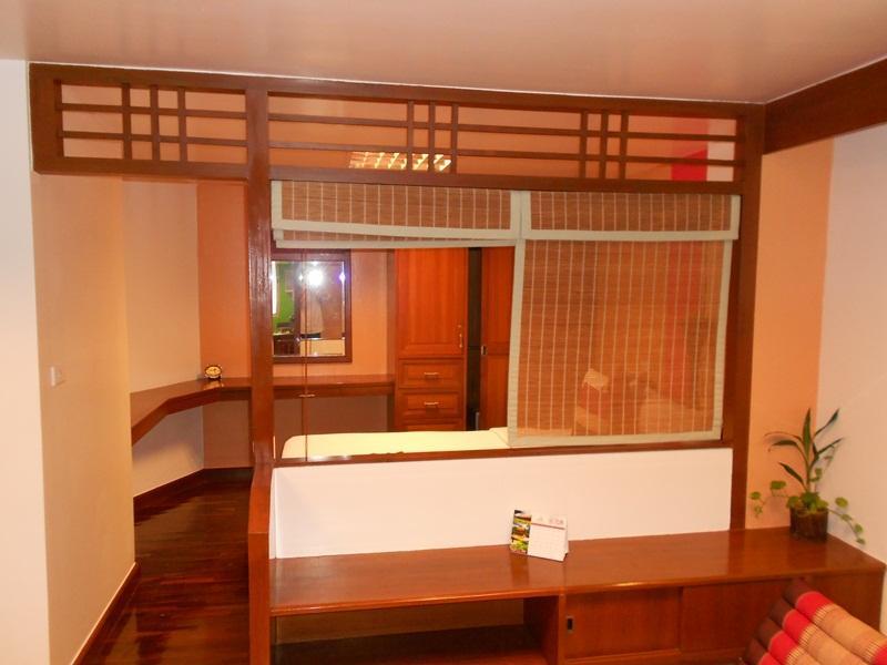 B.S コート ホテル16