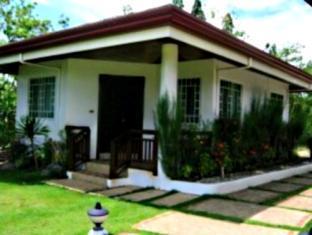 Casa Filomena Hotel Bohol - Hotellet från utsidan