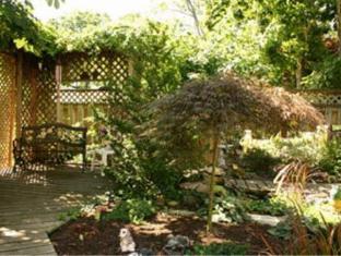 6 Oak Haven Hotel Niagara On The Lake (ON) - Garden