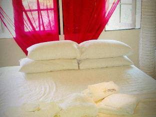 The Secret Sanctuary Boutique Cottage Kuching Кучинг - Номер