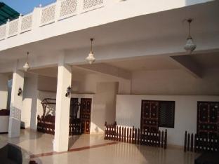 Hotel Daawat Palace Агра