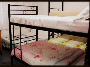 Saramo Hostel Kuching Kuching - Triple
