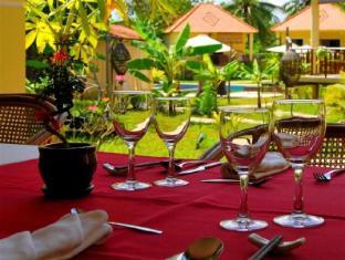 Au Cabaret Vert Hotel Battambang - Restaurant