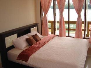 Baan Imoun Hotel guestroom junior suite