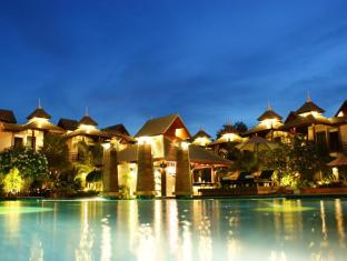 The Zign Premium Villa Pattaya - Swimming Pool