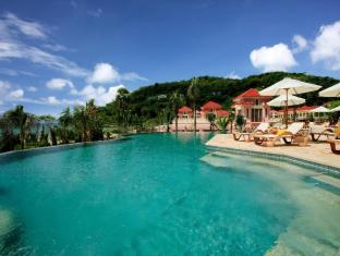Centara Grand Beach Resort Phuket Puketas - Baseinas