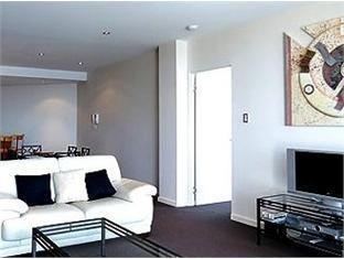 Swan Riverside Luxury Apartment Perth - Living Area