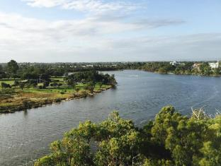 Swan Riverside Luxury Apartment Perth - view from balcony