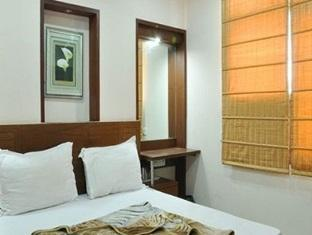 Surya Plaza New Delhi and NCR - Guest Room
