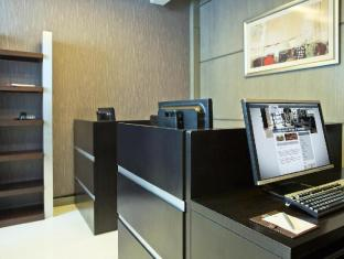 TIME Grand Plaza Hotel Dubai - Business Center